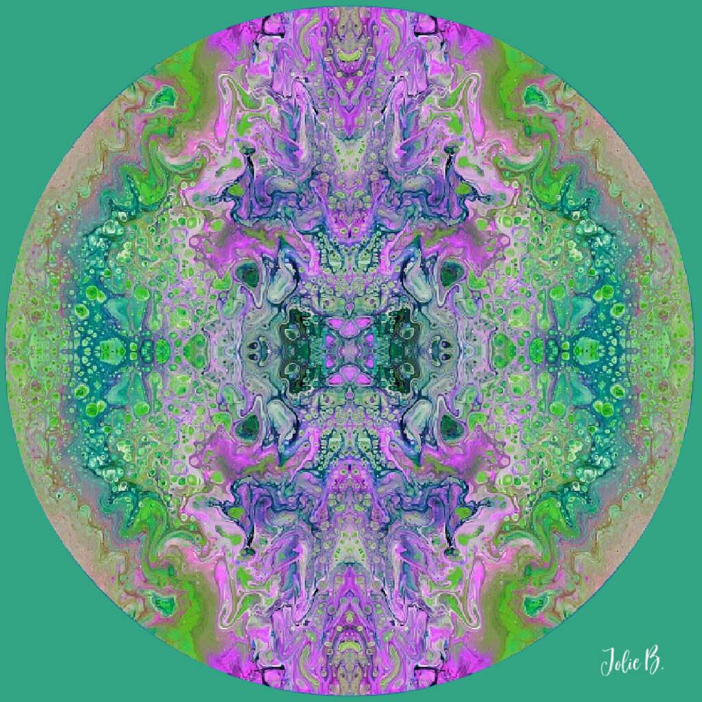 Mandala ~ Jolie Buchanan via Jolie Buchanan