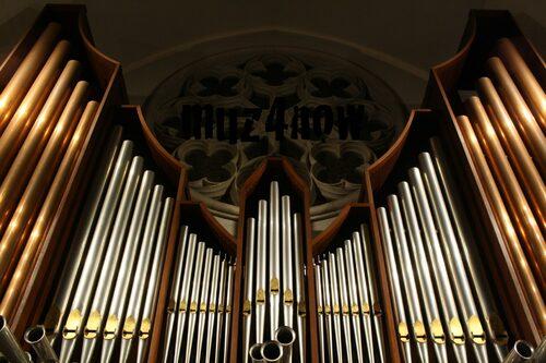 The Pipe Organ Rocks - Modal Toccata