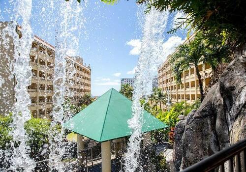 Book best Guam Hotel for luxury services via Guam Plaza
