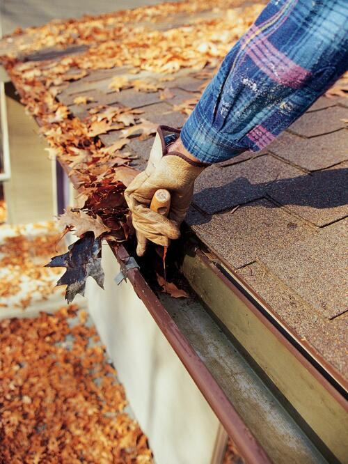 What Are the Best Rain Gutters and DIY Installation Guide                                     Re... via Tyler Tx Roofing Pro