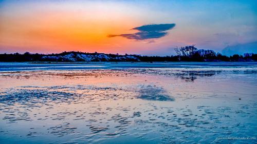 Sunrise in Dragey via Jean Michel