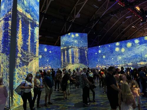 3/5 Beyond Van Gogh in Ottawa via David Leonhardt