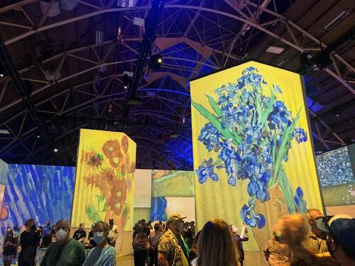 4/5 Beyond Van Gogh in Ottawa. via David Leonhardt