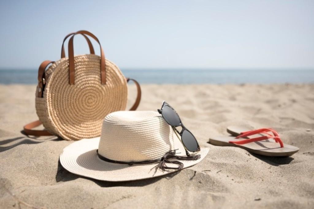 PapaChina offers Custom Beach Accessories at Wholesale Price... via PapaChina