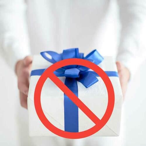 6 đồ vật tuyệt đối không dùng quà tặng phong thủy                                                                          Kể cả nhữ... via dacsannamdinh