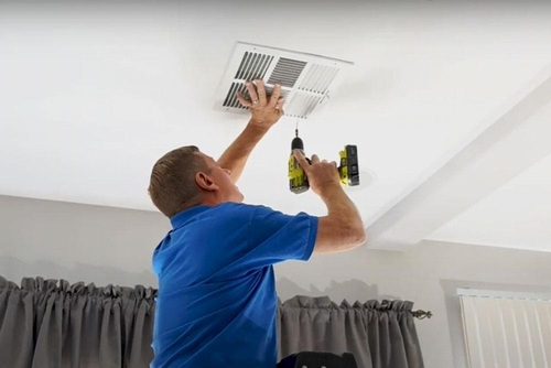 5 Tips to Consider When Choosing an Air Duct Cleaning Compan... via William Bennett