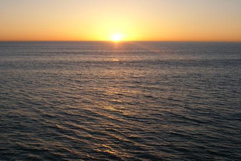Another southern California sunset. via Bob McInnis