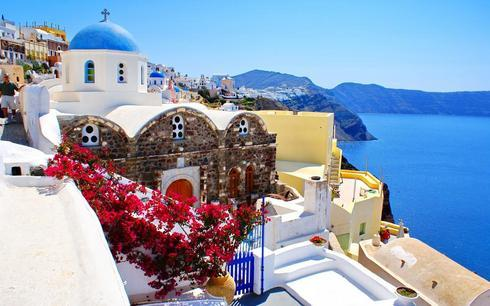 Time for some dreaming away on this Sunday! #Santorini #Gree... via Gerrit Bes