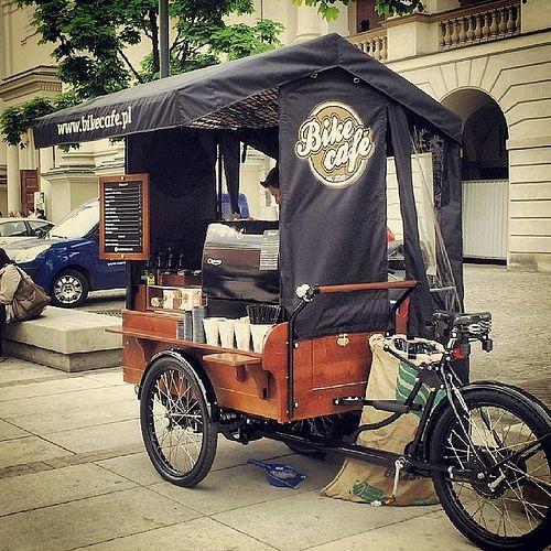 Nice combination! #Coffee and #bikes by Pedro Agera on Flick... via Barbara Fariña
