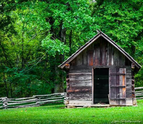Old Smoke House via Liam Douglas - Professional Photographer