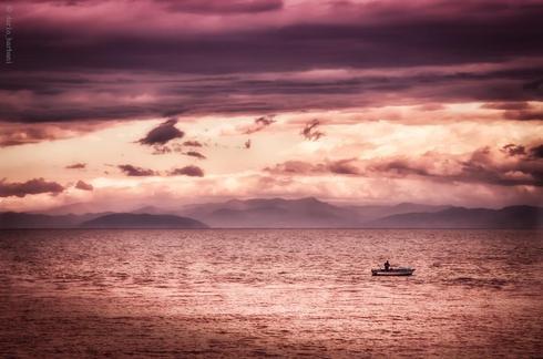 Man on a boat via Dario Barbani