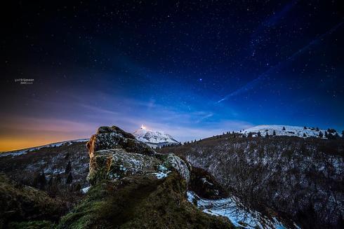 Quiet Nights  interprt par Catching Flies - 2014 via Gael Trijasson