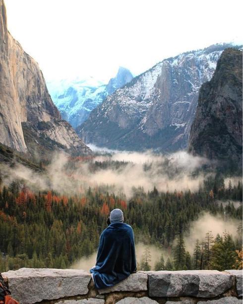 Today at Yosemite Valley                                     by Alyygator at via Mithu Hassan