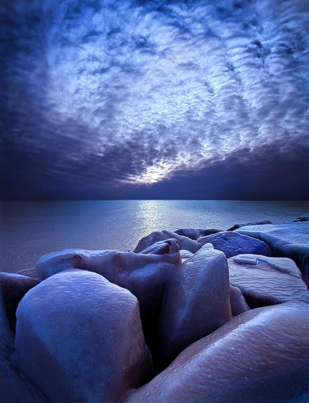 """Ice Bound""                                         \Sunrise on the shore of Lake Michigan in Wiscon... via Phil Koch"