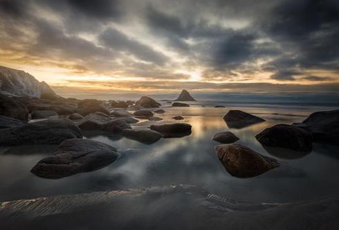 Another sunset shot from Bleik in Norway. via Peter Földiak