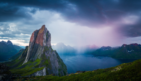Minutes after arriving our location for the night, we could ... via Steffen Fossbakk
