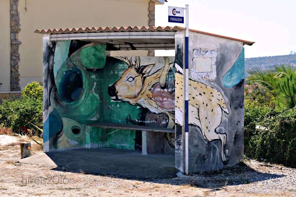 Bus stop via Gil Reis