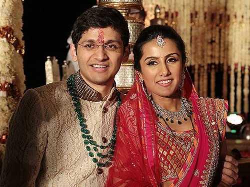 Deepak kochhar daughter Aarti Marriage  =>                                                                           #deepakkochhar ... via Swapnil Ramesh Jukunte