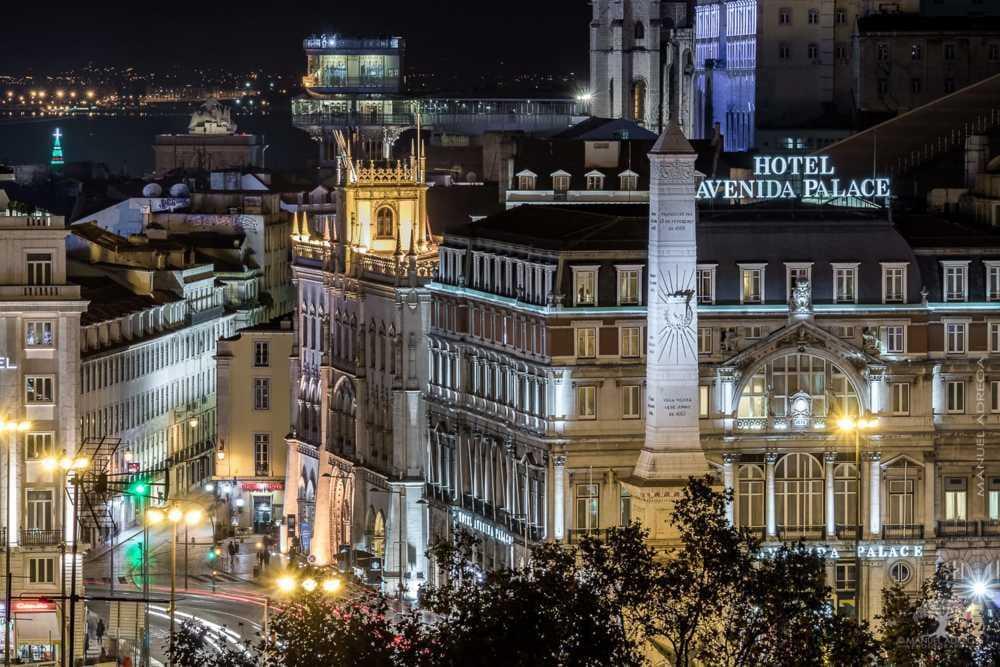 Lisbon - A poets city via Manuel Adrega