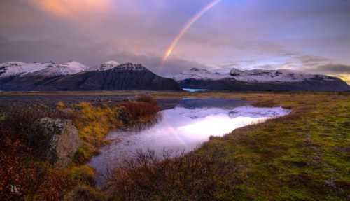 Iceland: A beautiful expression of nature. Please, take care... via Rolando Felizola